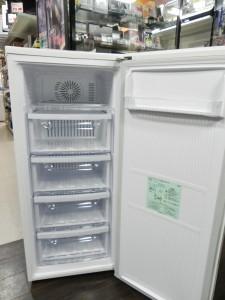 冷凍ストッカー 三菱 MF-U12N