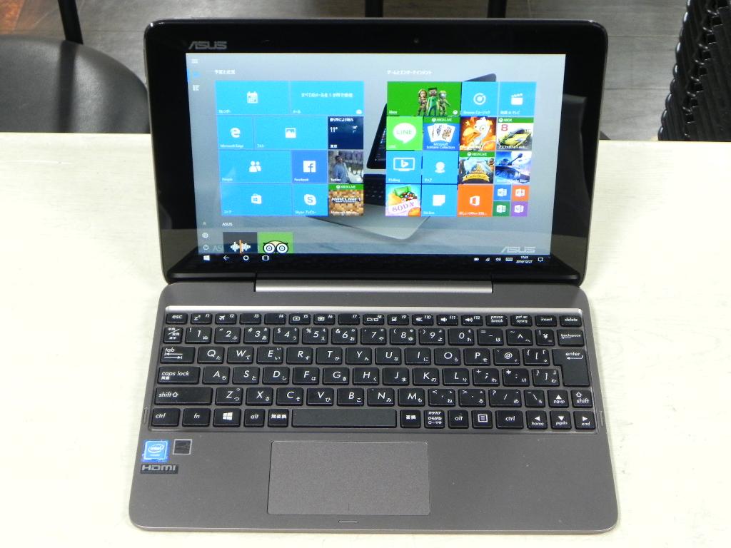 タブレットに変身するノートPC ASUS TransBook T100HA