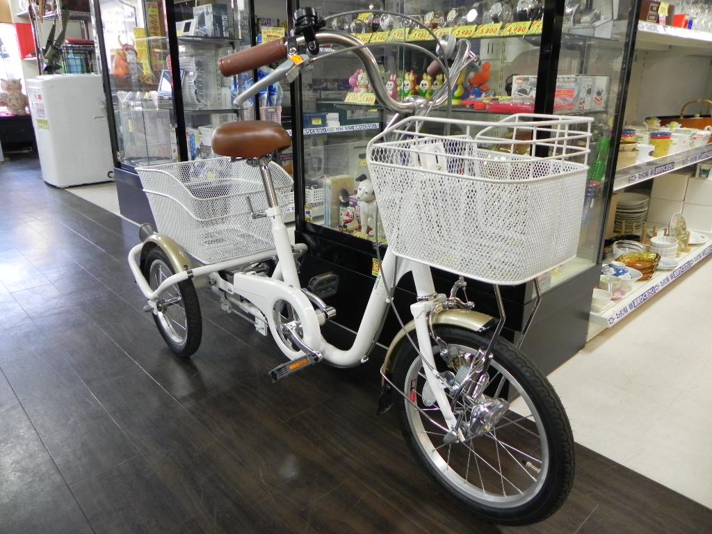 新品 三輪自転車 SWING CHARLIE 16インチ 29,800円