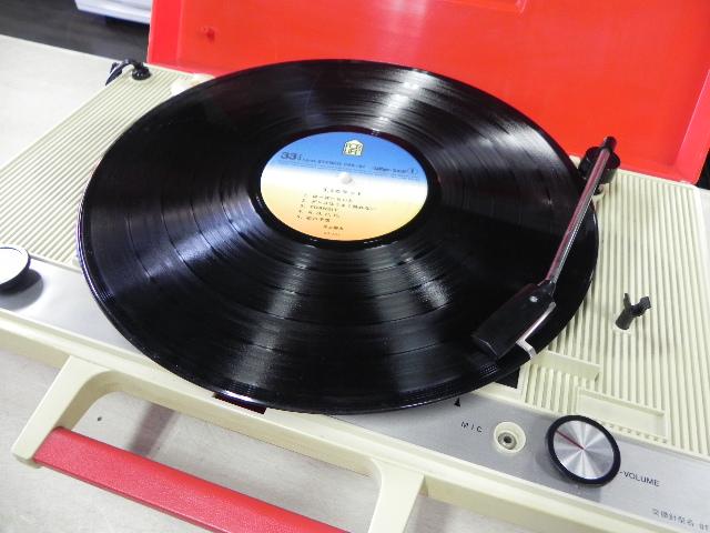 ポータブルレコードプレイヤー Victor PE-8400