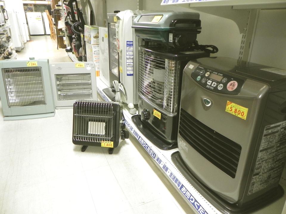 暖房器具いろいろあります!